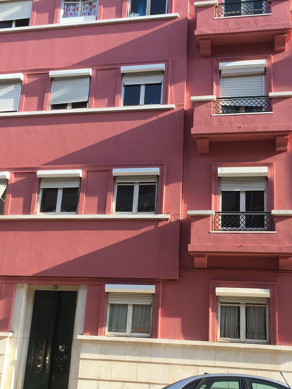 10 - Rua Ponta Delgada 76 Lisboa depois da pintura